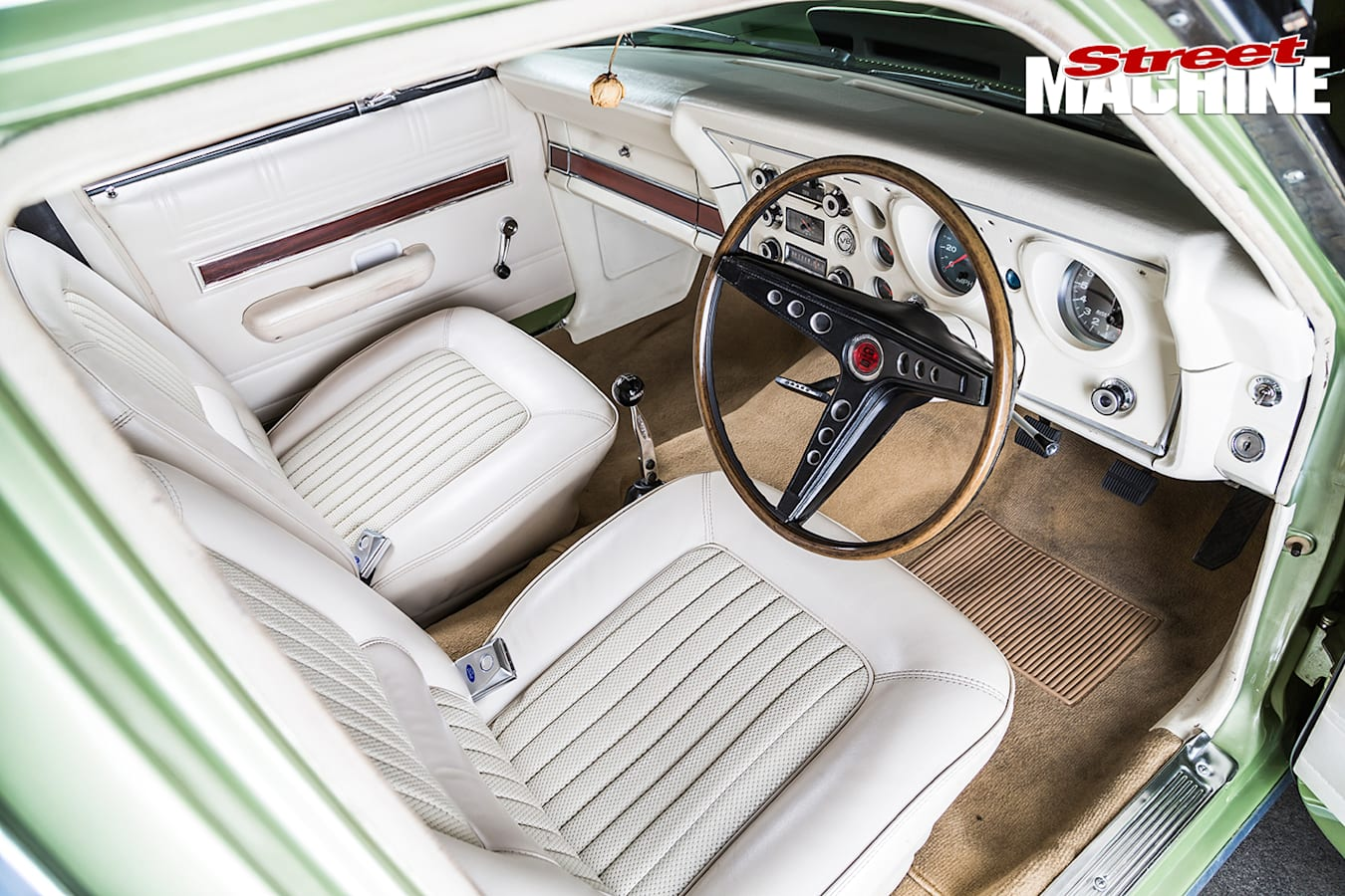 LS1-XW-Ford -Fairmont -GS-3-interior -driver -side