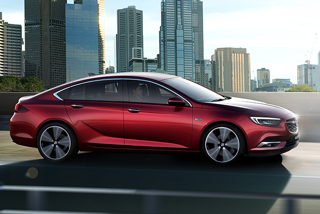 2018 Holden NG Commodore driving