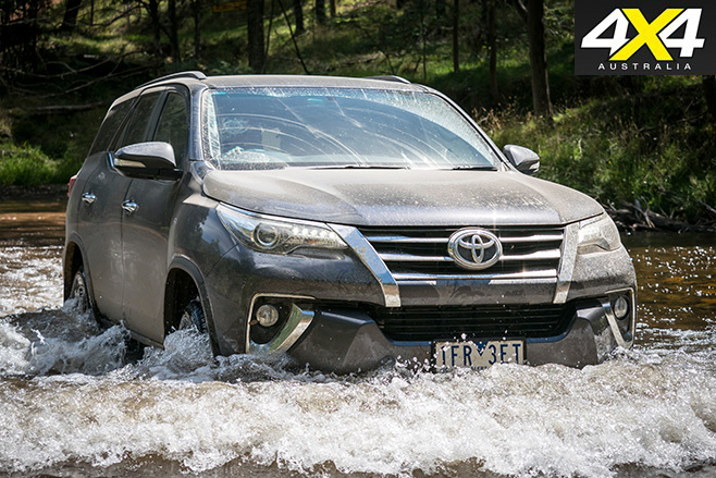 Toyota fortuner water driving