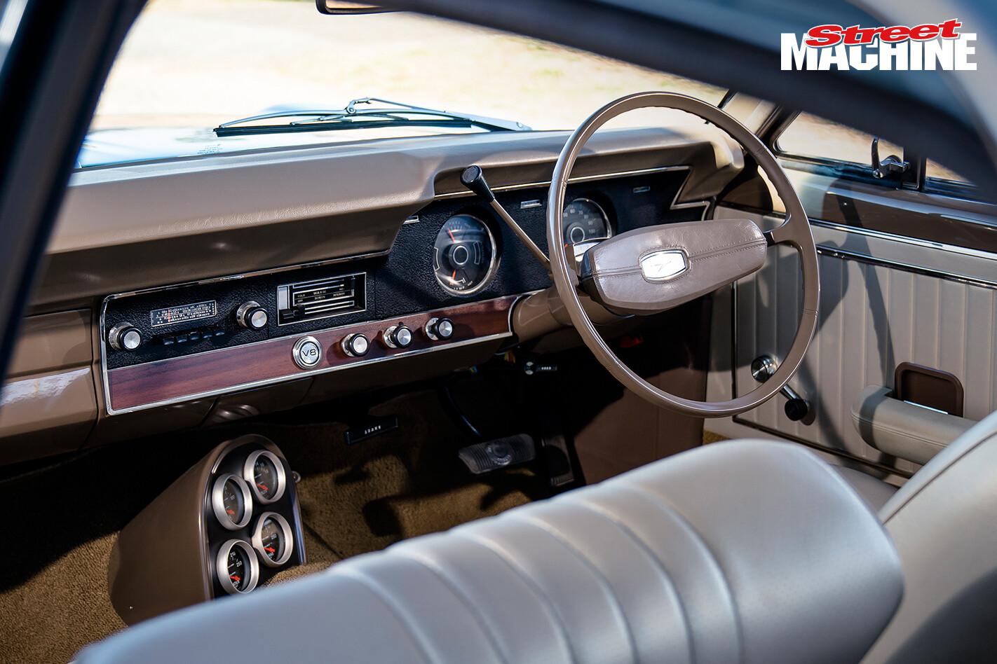 Ford XT Fairmont Interior 2 Jpg