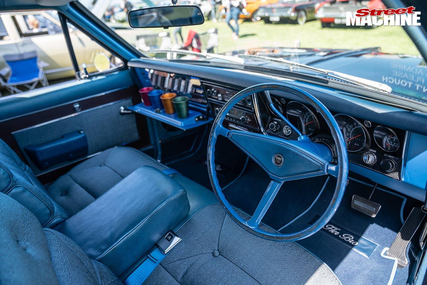 Holden HT Brougham interior