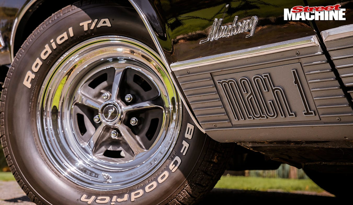 Ford Mustang wheel