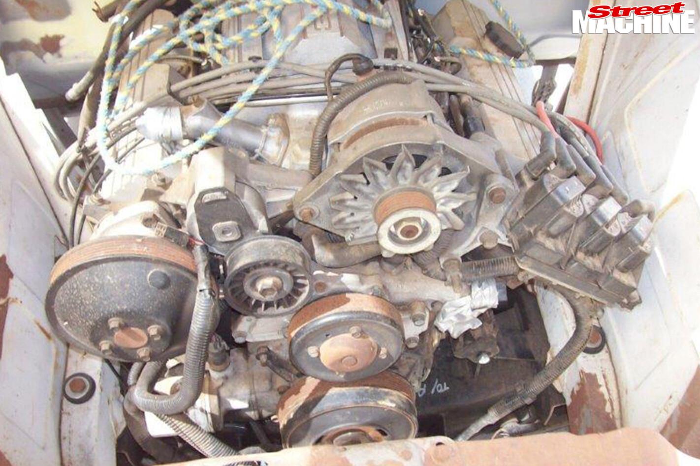 Holden -fj -ute -engine -before