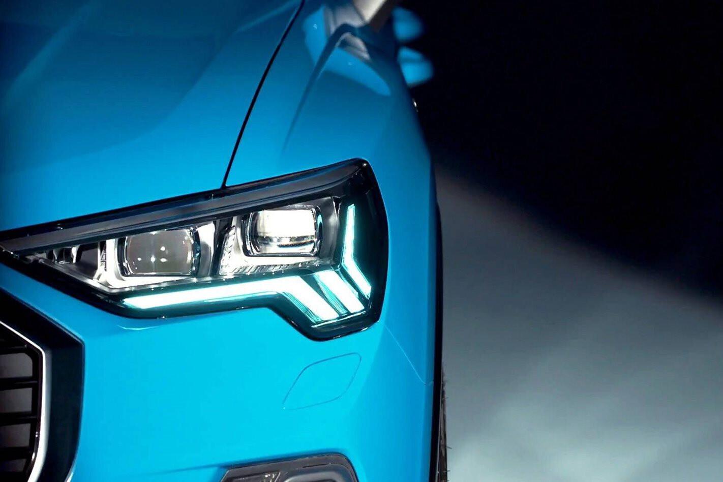 Audi Q 3 Headlight Jpg