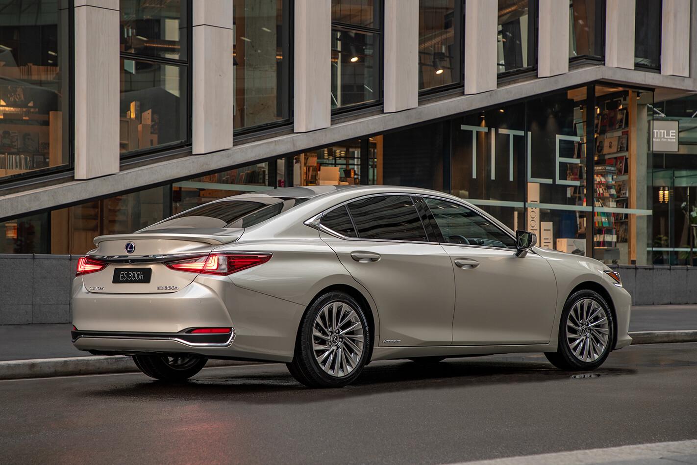 Lexus ES 300h Sport Luxury