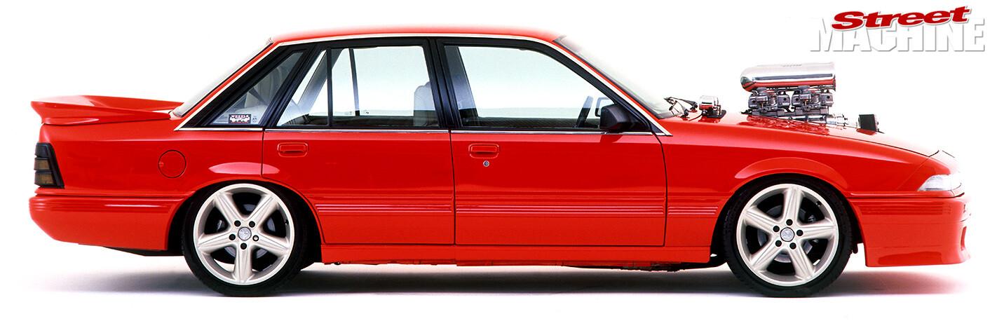 Holden VL Calais side