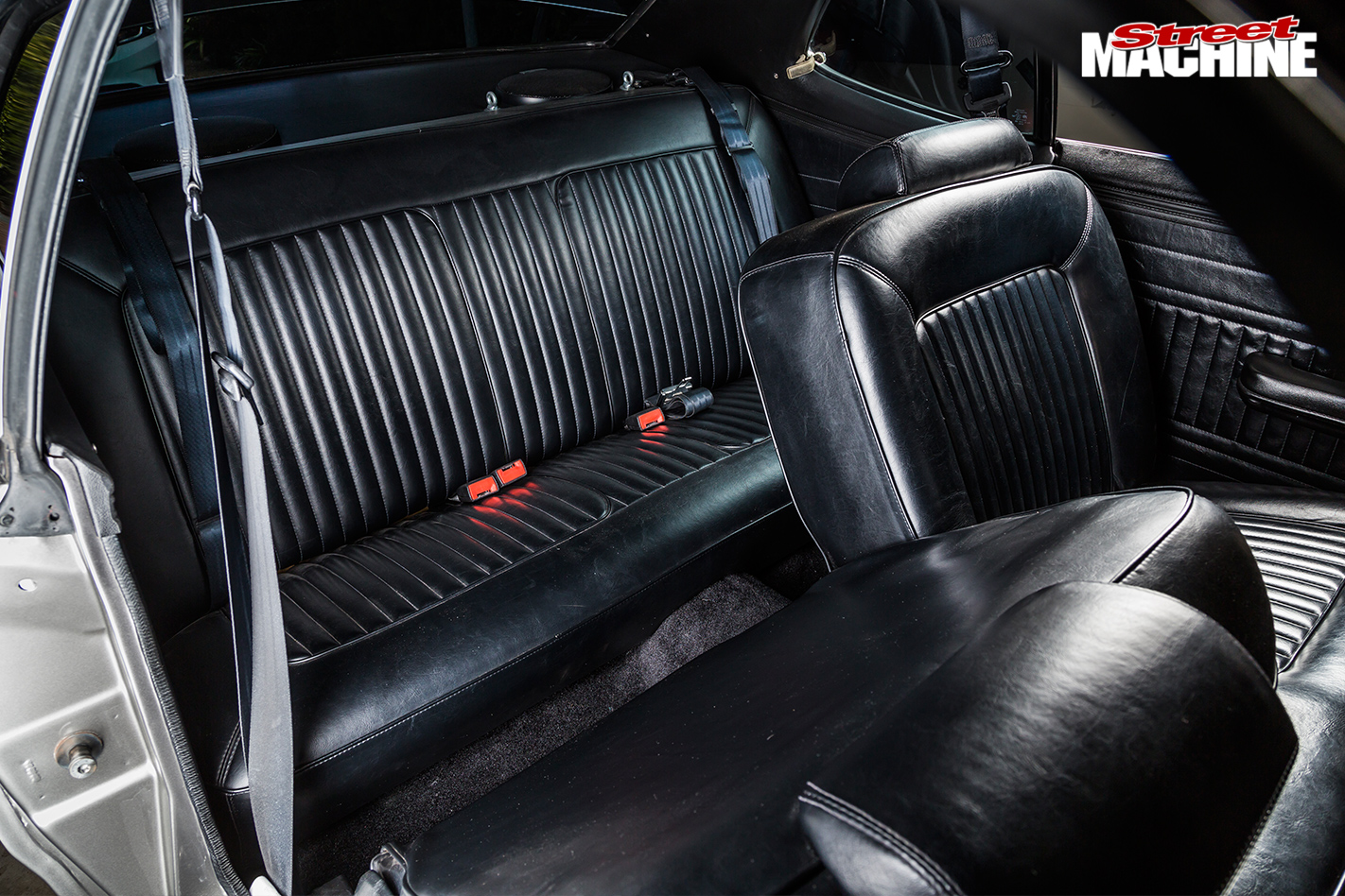 Plymouth -duster -interior -rear