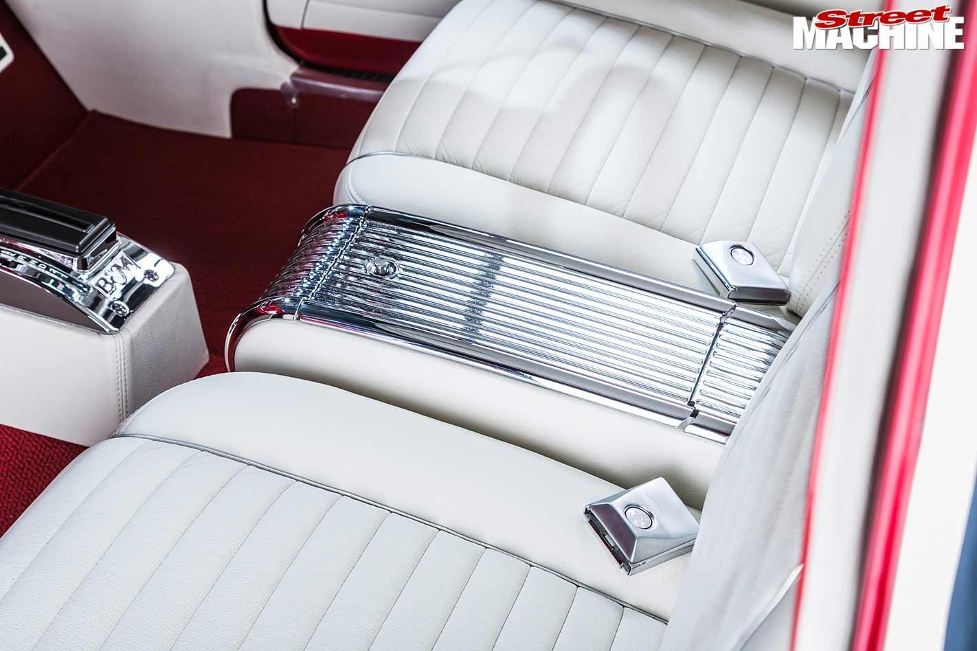 Ford XM Futura interior rear