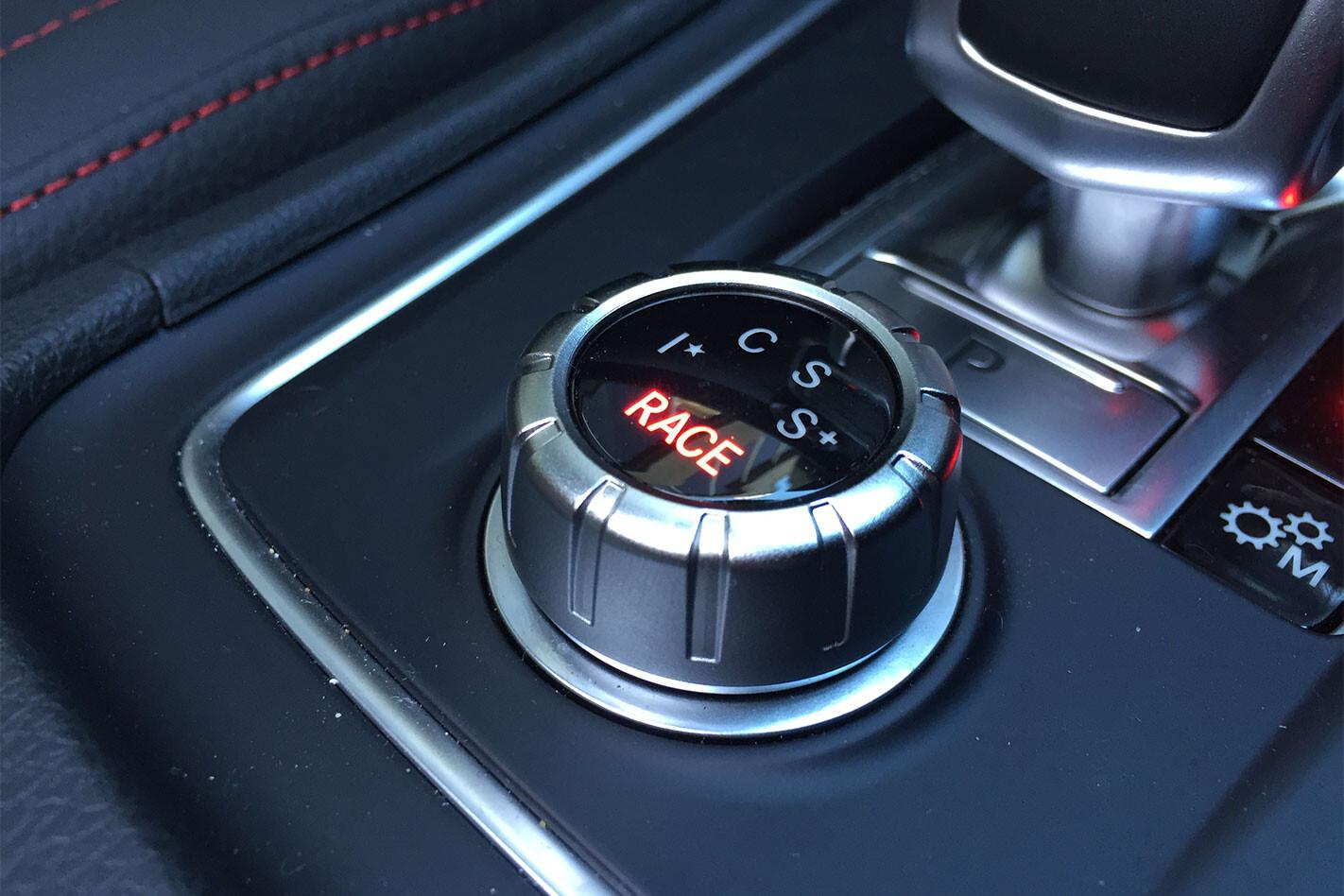 Mercedes -AMG-A45-drive -select
