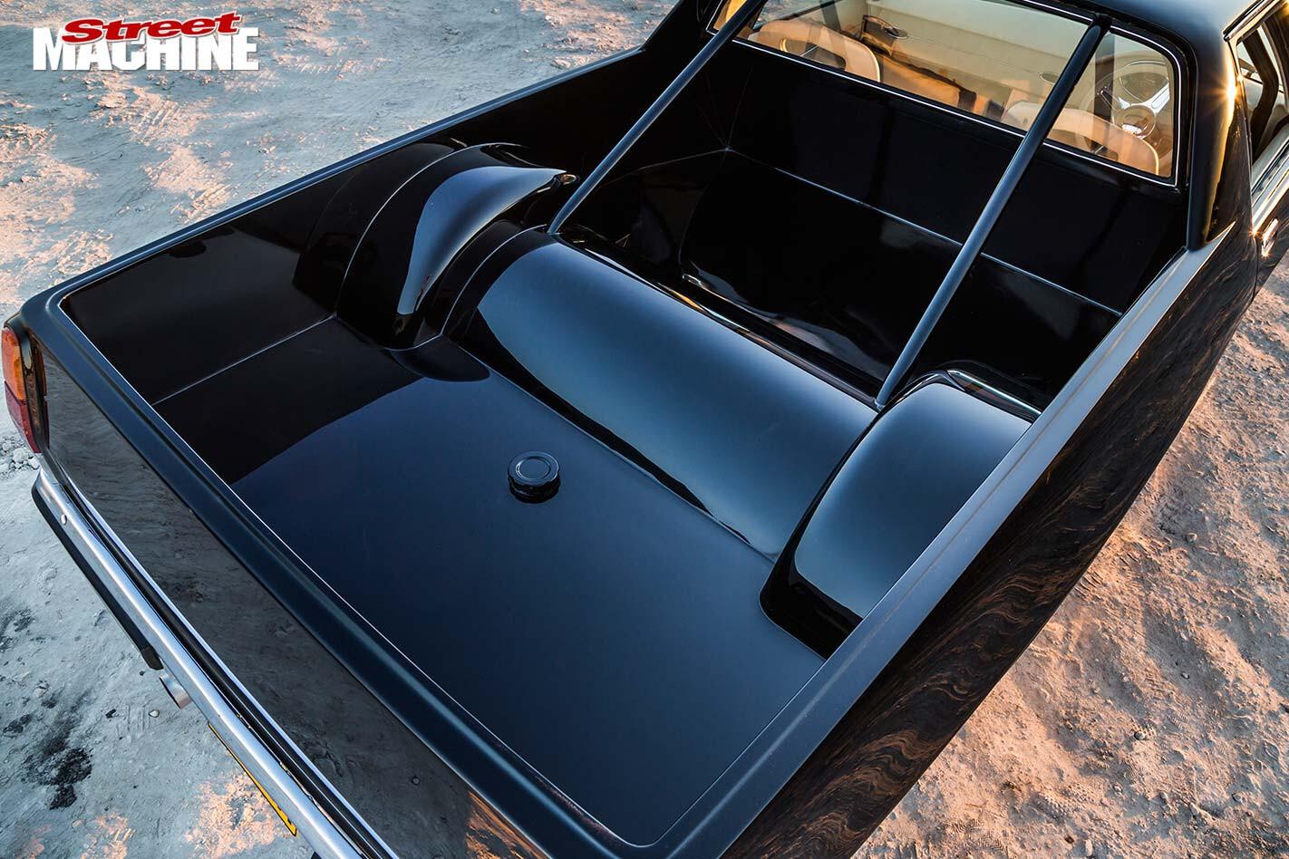 Holden HQ ute tray