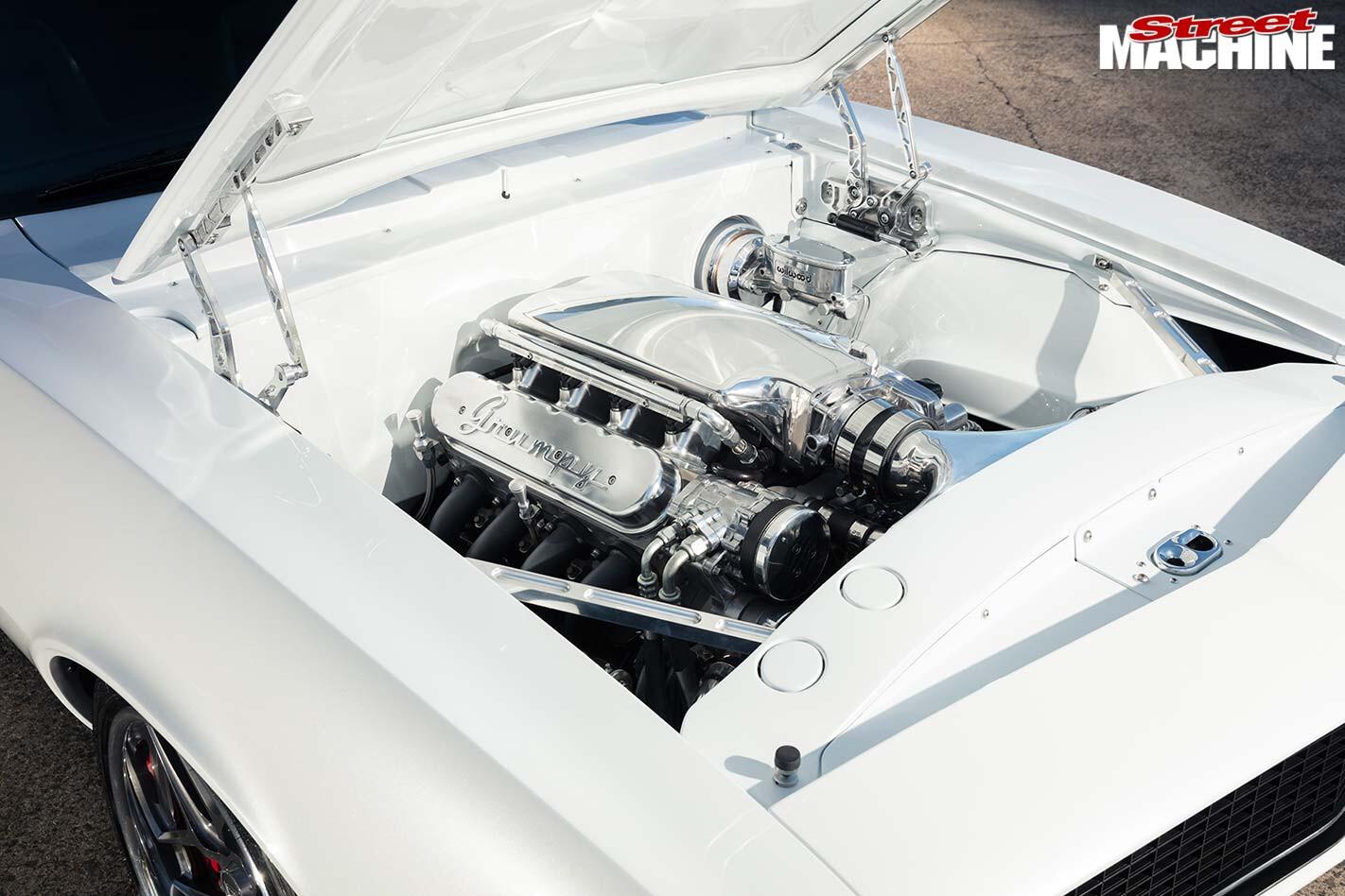 Chev Camaro engine bay