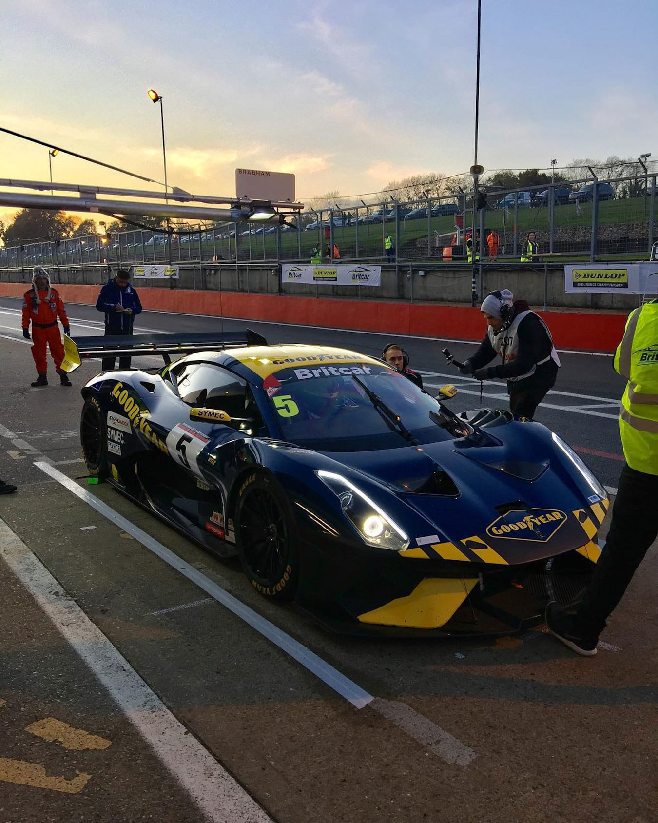 Brabham BT62 victorious in first race