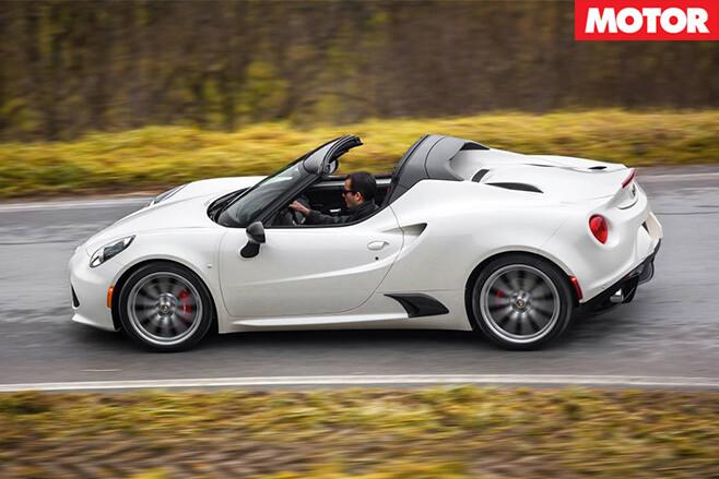 Alfa Romeo 4C Spider 1