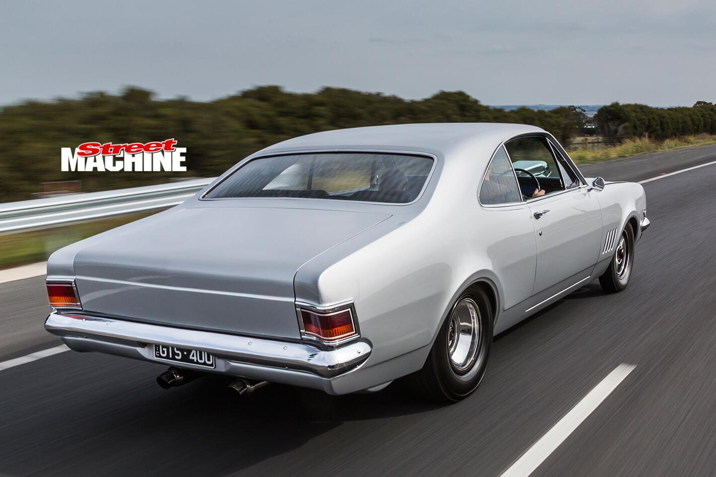 Holden -HG-Monaro -motion -rear
