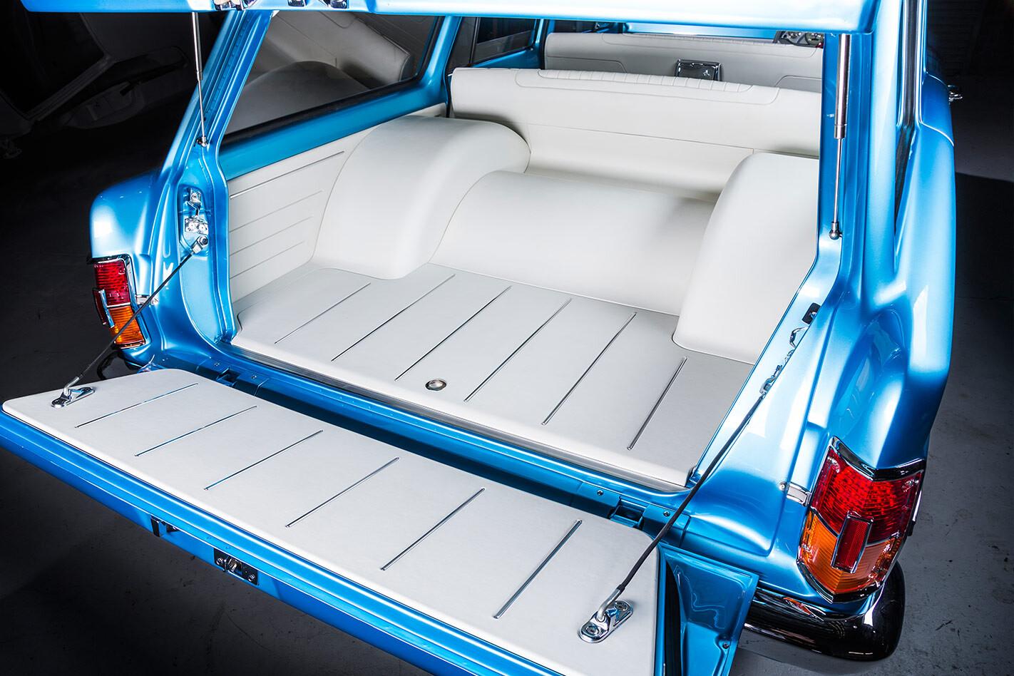 Holden EH wagon cargo
