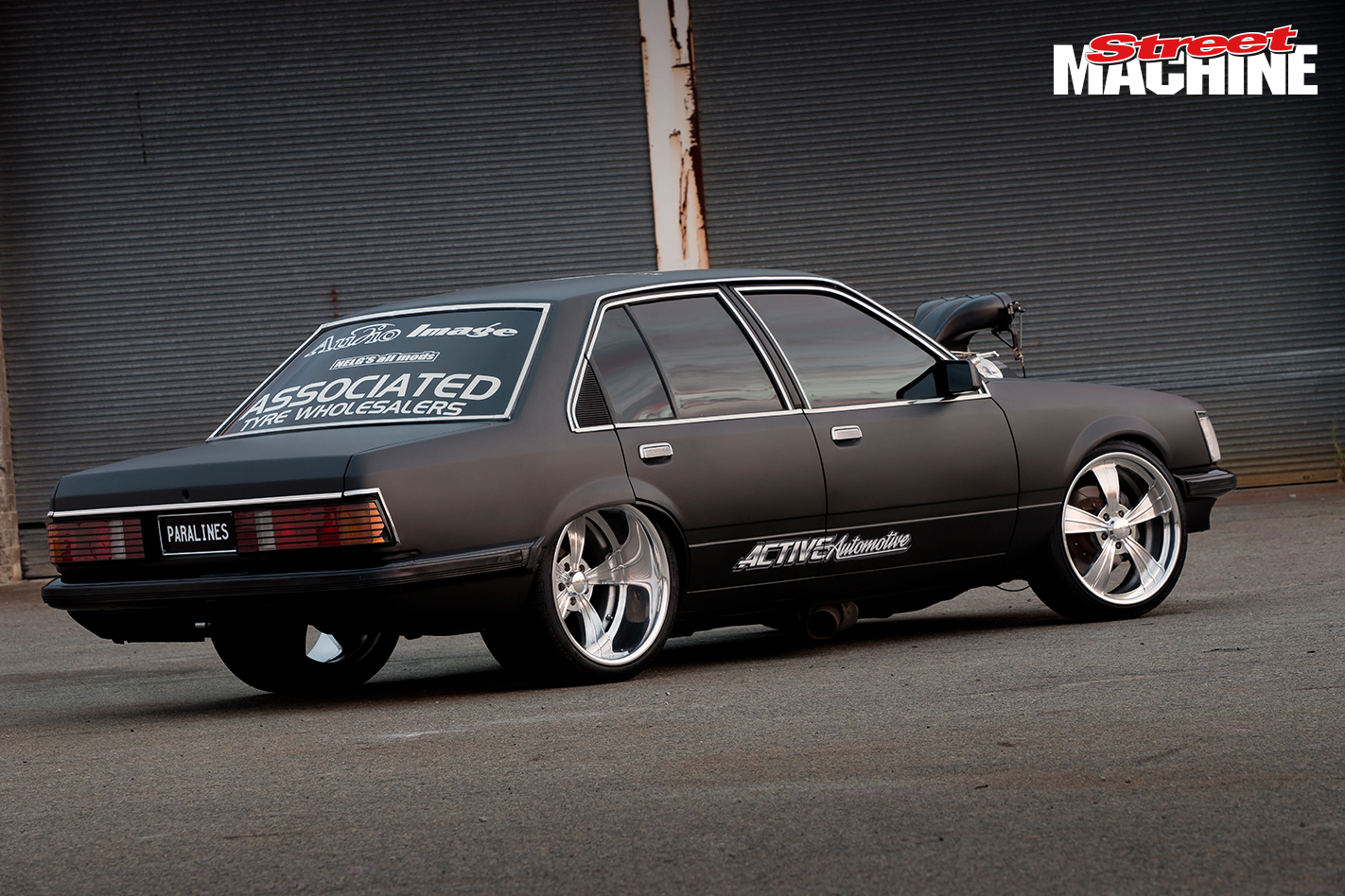 VH Commodore Burnout PARALINES 3 Nw