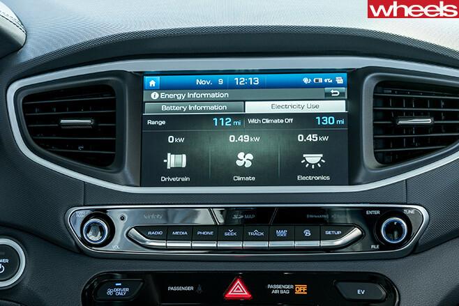 Hyundai -Ioniq -touchscreen
