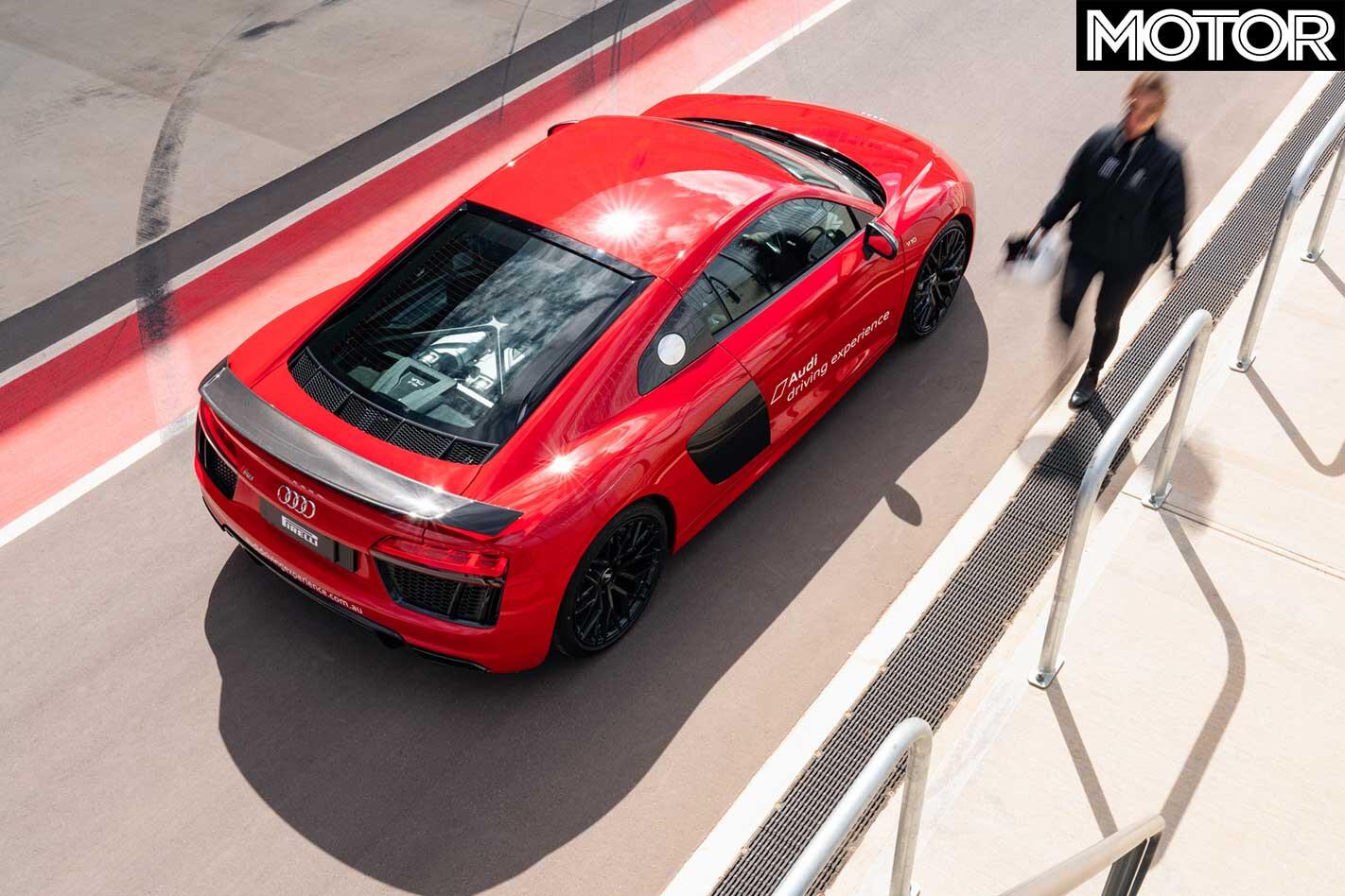 Audi R 8 V 10 Plus Pit Lane Top Jpg