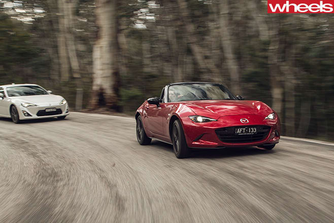 Mx -5-86-driving -fronts