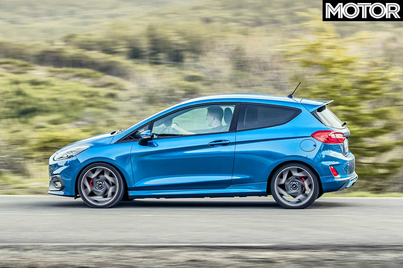 2018 Ford Fiesta St Performance Review Profile Dynamic Jpg
