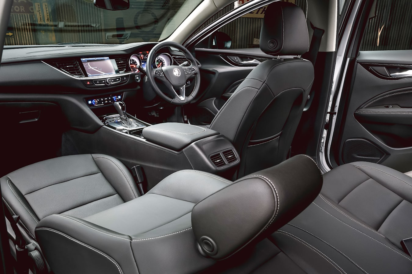 Mid Size Sedan Holden Interior Jpg