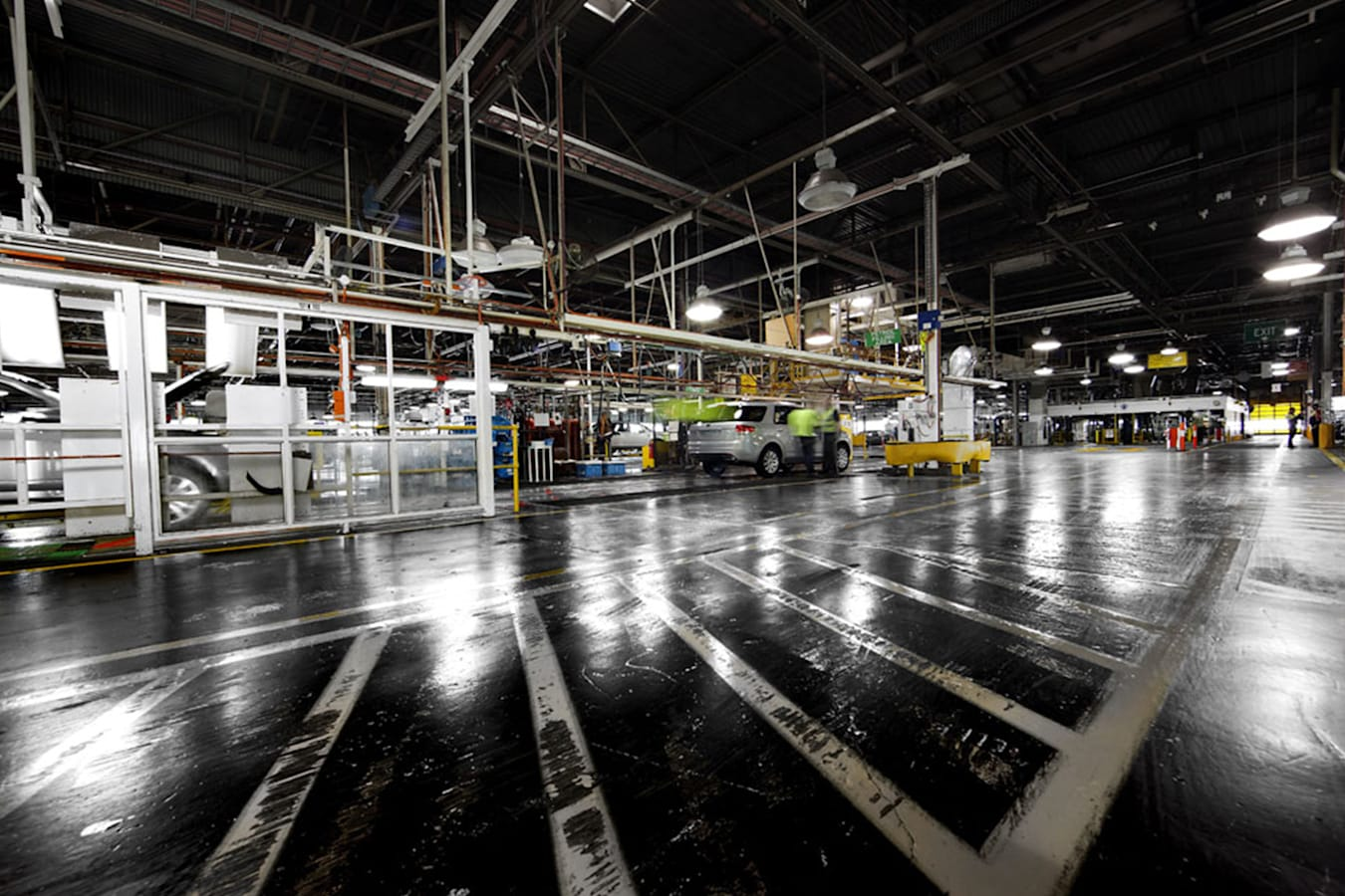 Ford Local Manufacturing Factory Line Jpg