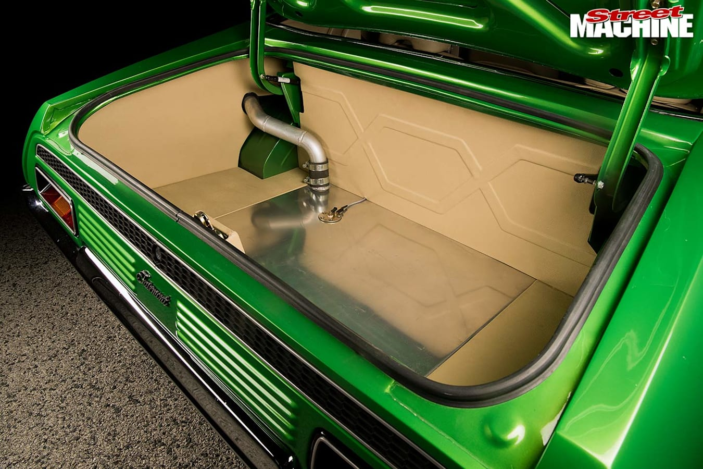 Ford Falcon XA coupe boot