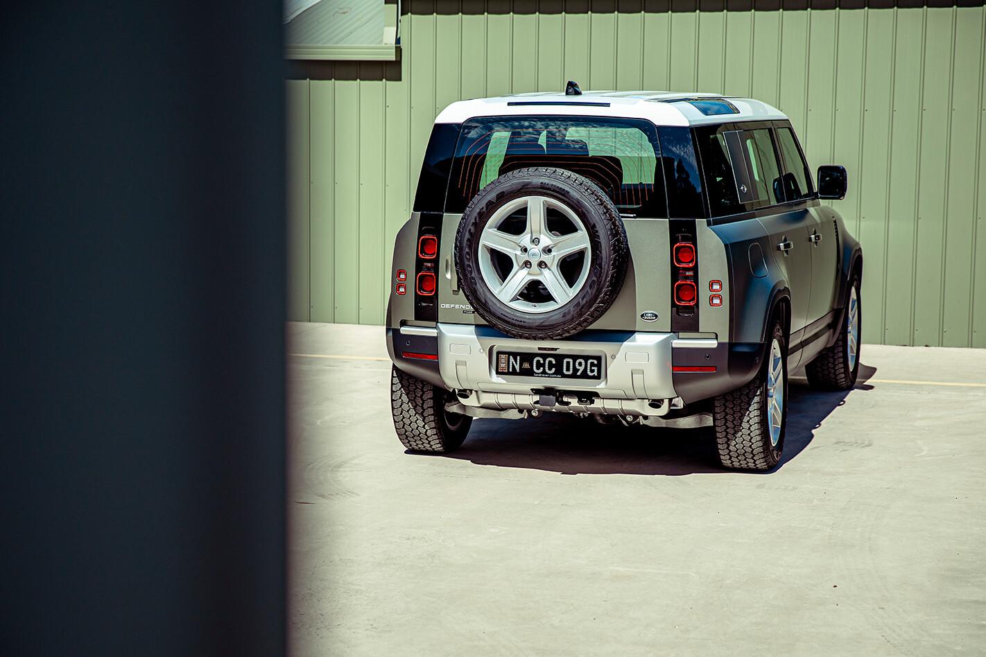 2021 Land Rover Defender 110 Tailgate Jpg