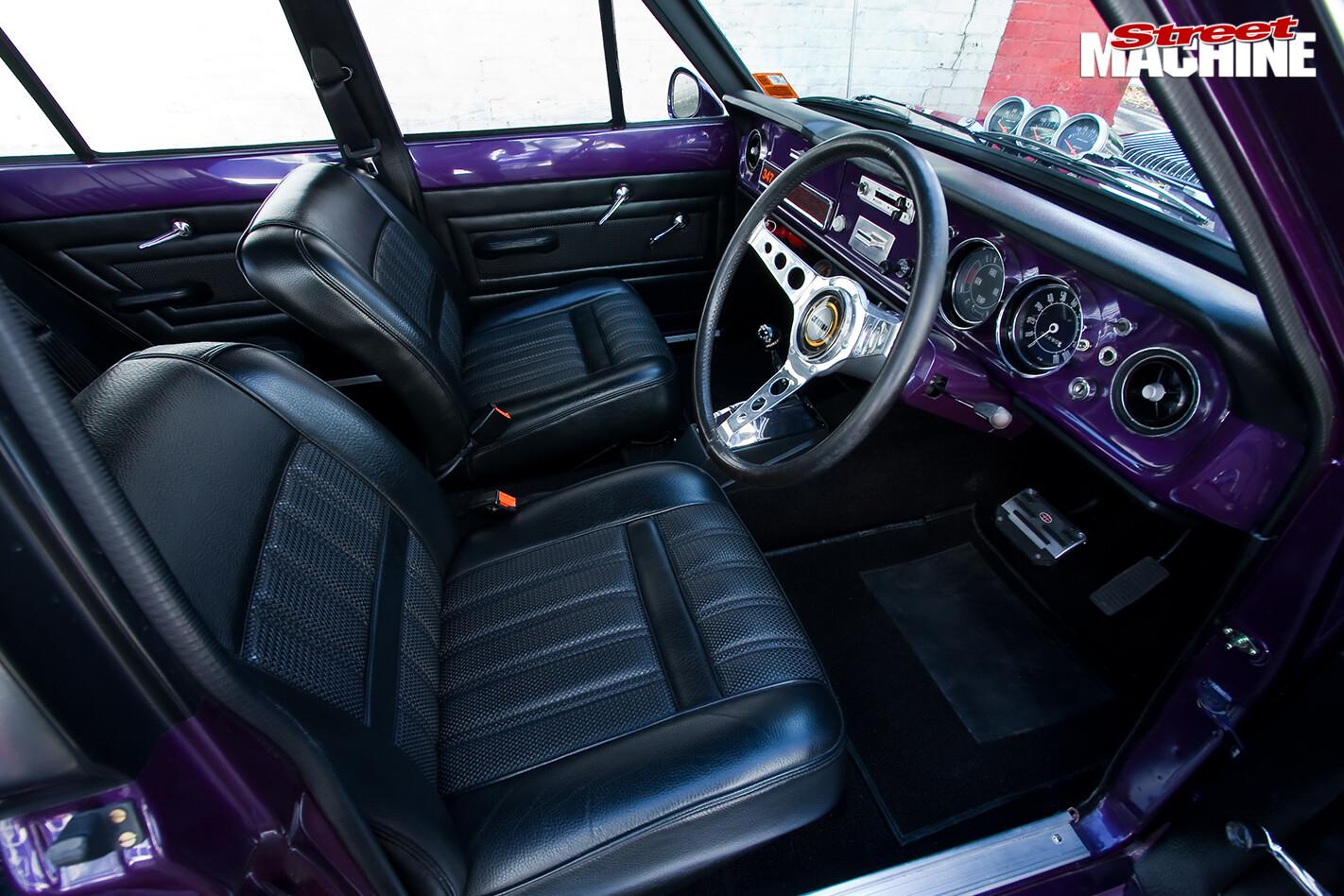 Ford -cortina -INTERIOR-FRONT