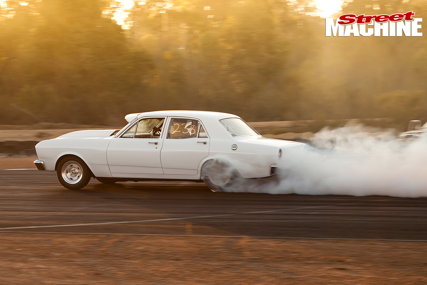 Ford -XR-Falcon -burnout