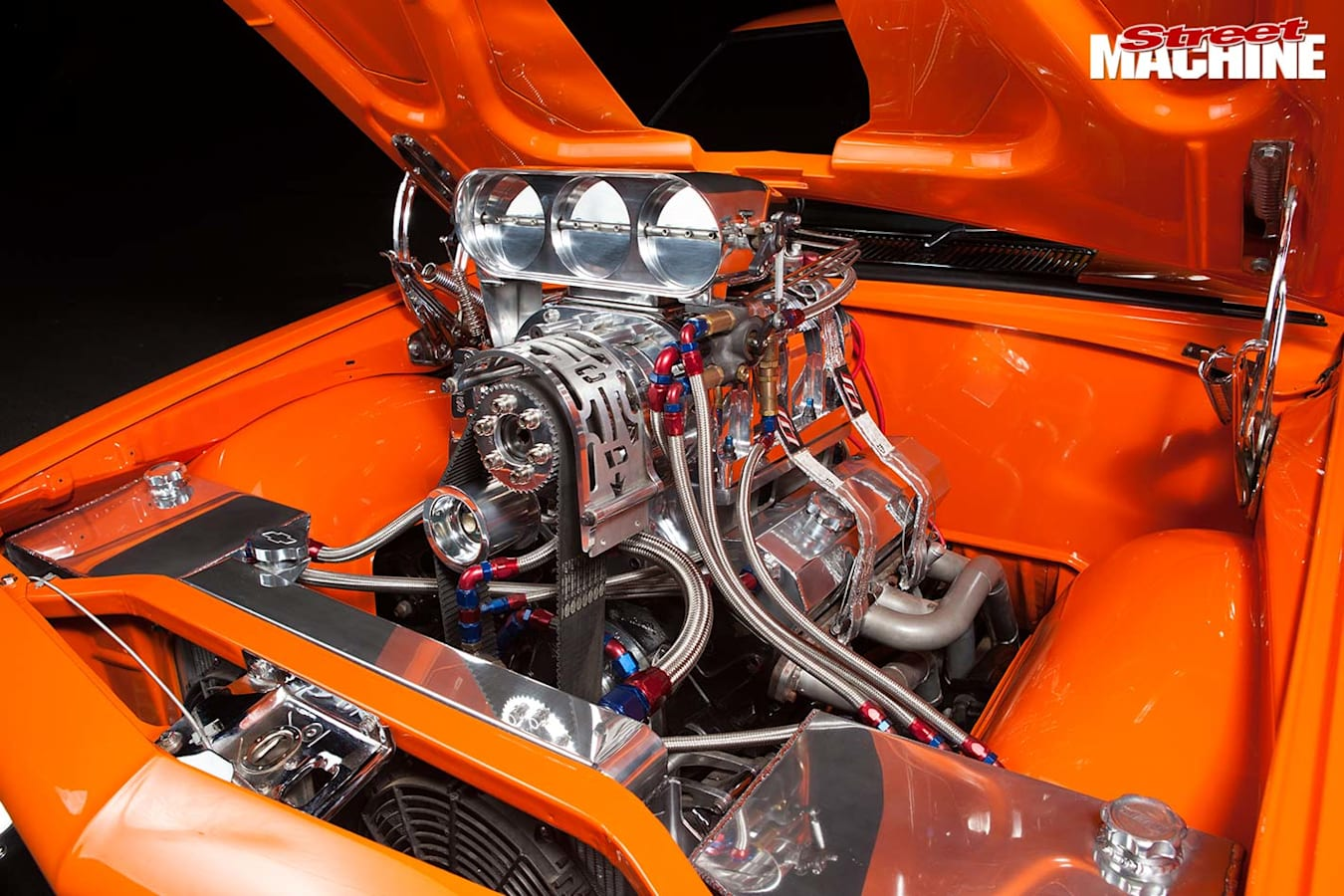 Holden HQ GTS Monaro engine bay