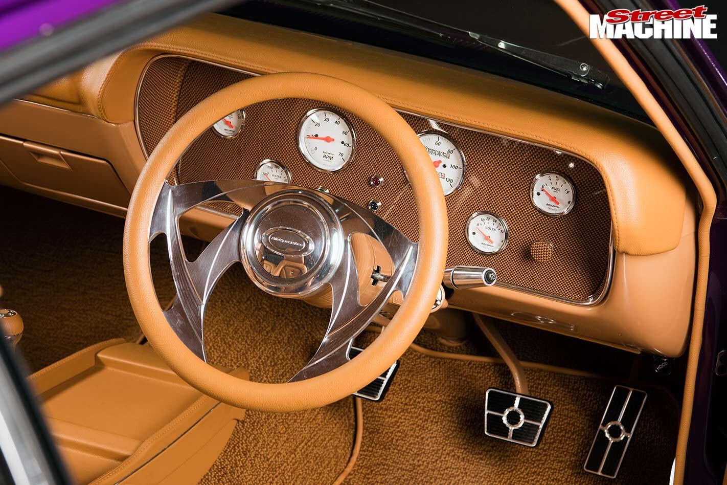 Chrysler VJ Charge dash