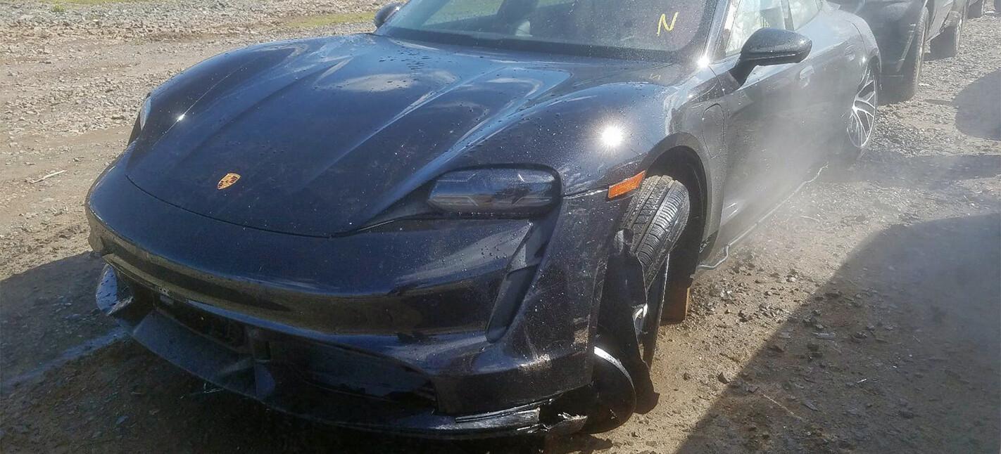 porsche taycan turbo wrecked