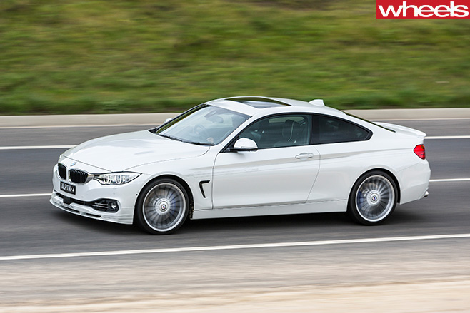 Alpina -B4-front -side -driving