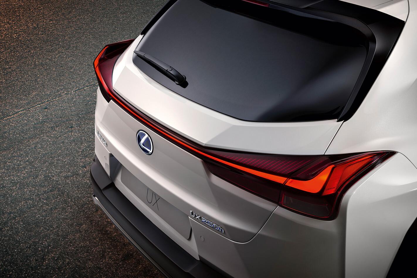 Lexus Ux Rear Lighst Jpg