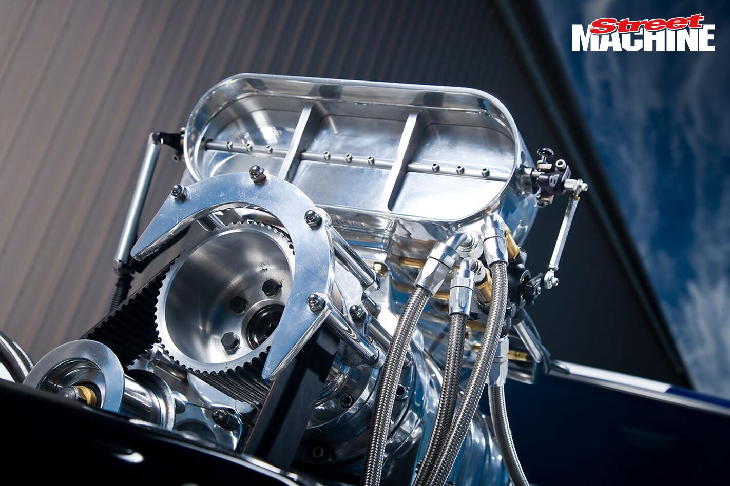 Ford XC Falcon Cobra Ute Engine