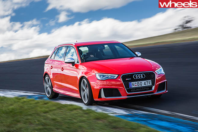 Audi -RS3-front -side