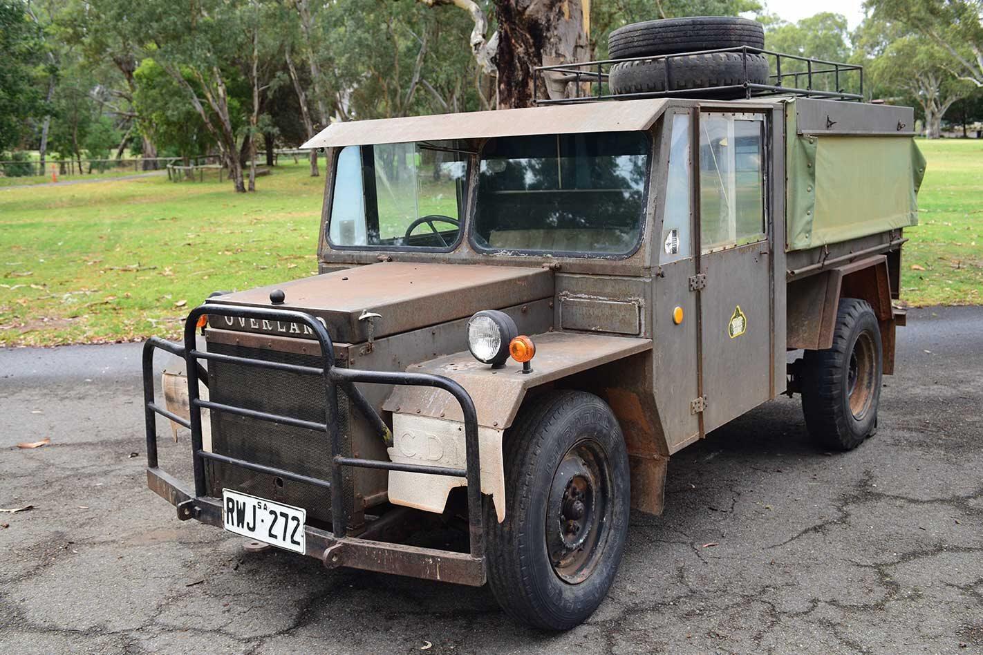 Toyota 79 Series LandCruiser Bruder EXP-6 caravan