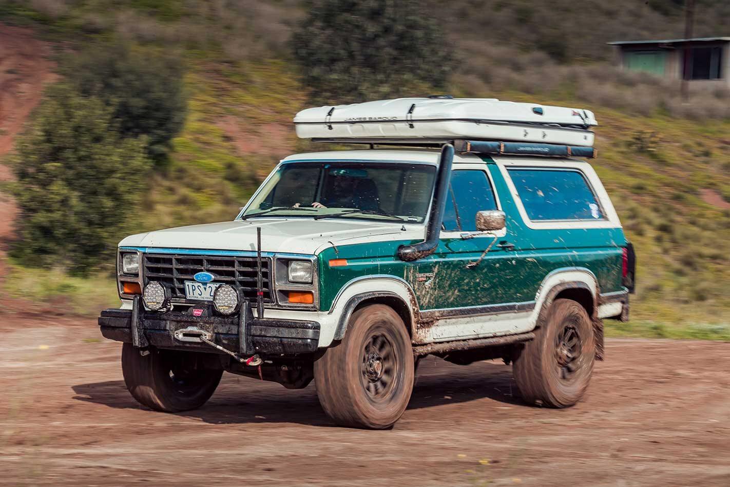 V8-powered Ford Bronco XLT build