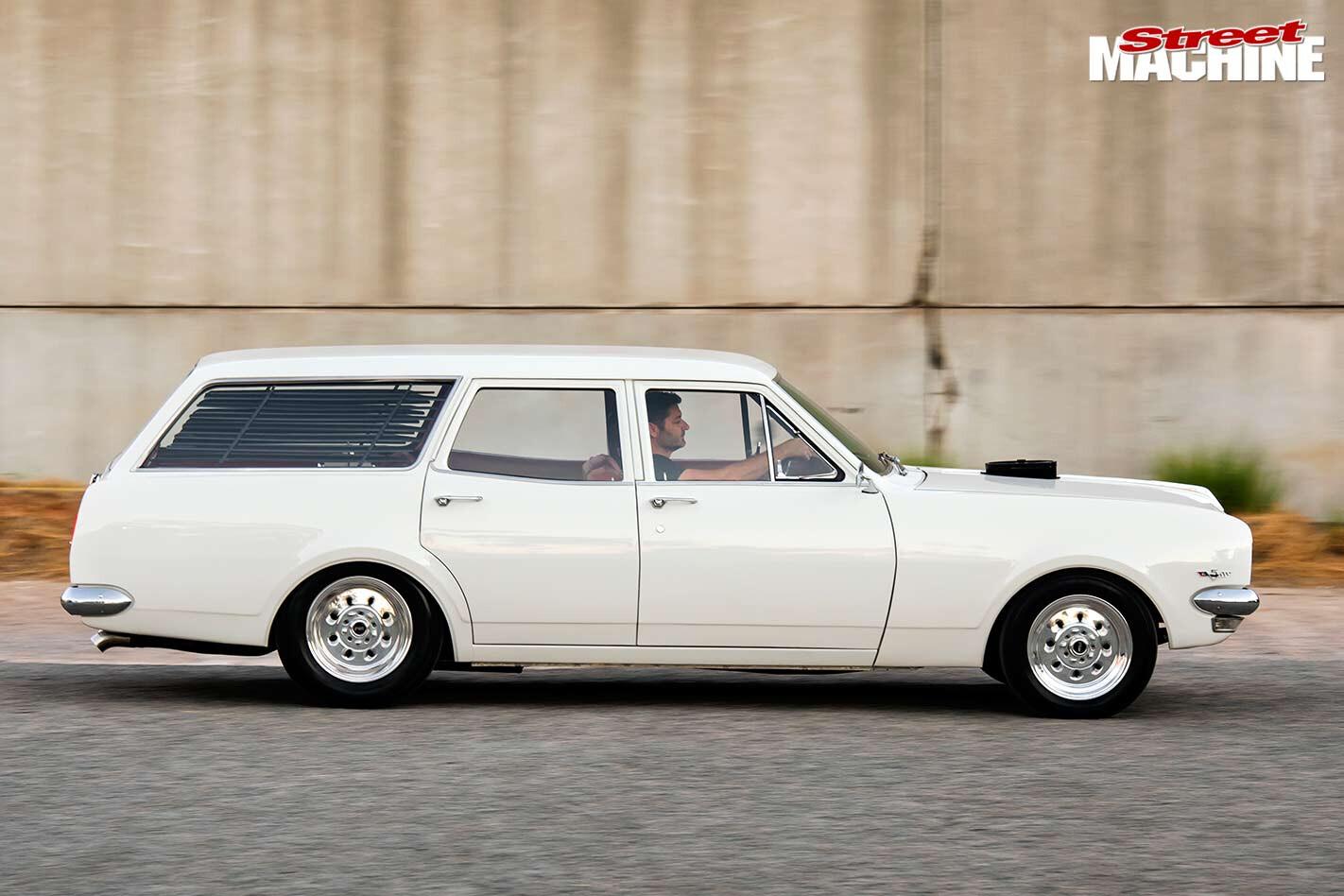 Holden HT wagon side