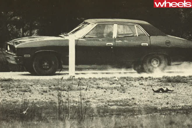 1976-Ford -Falcon -driving -side