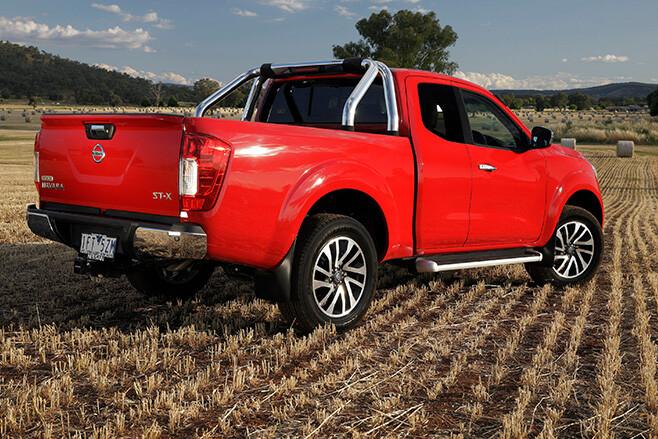 Nissan Navara ST-X extra cab