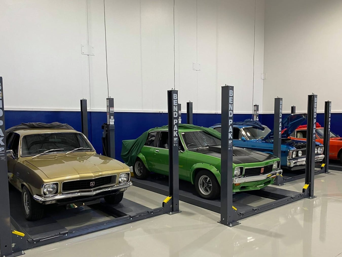 Holden Torana and Ford GT HO Phase III
