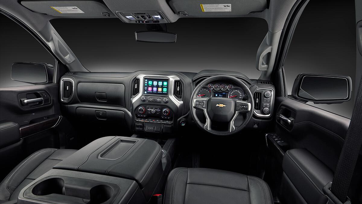 HSV Silverado 1500 interior