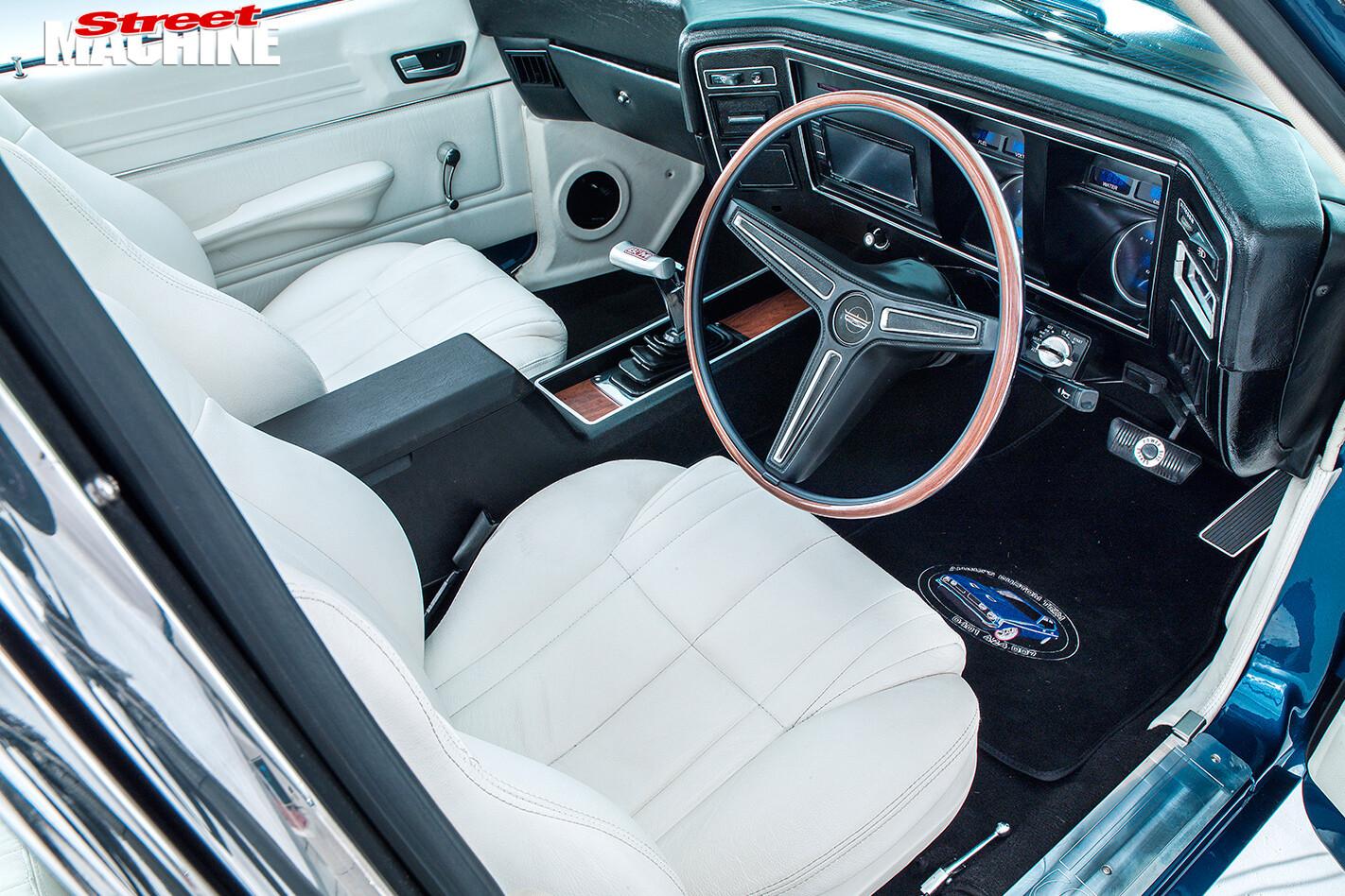 Ford -XB-Falcon -Fairmont -GS-interior -front