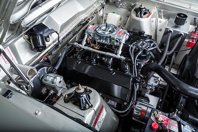 Ford Falcon XW GT engine