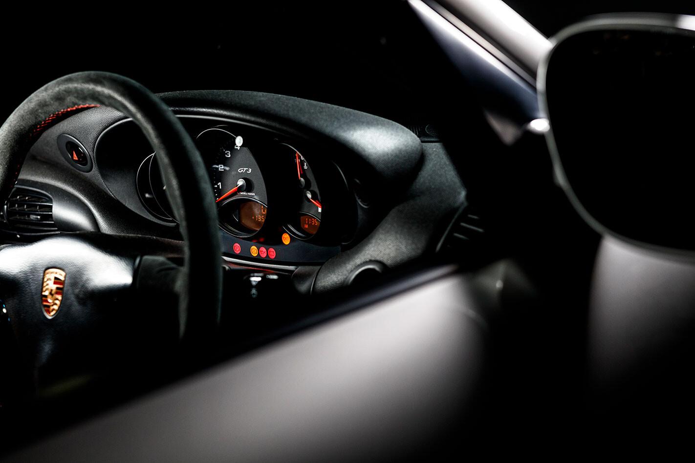 1999 Porsche 996.1 911 GT3 drivers seat