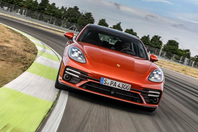 2021 Porsche Panamera Turbo S track