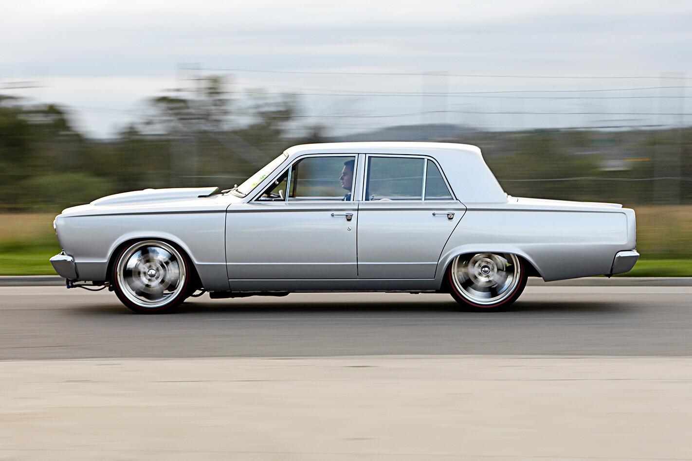Chrysler VC Valiant side