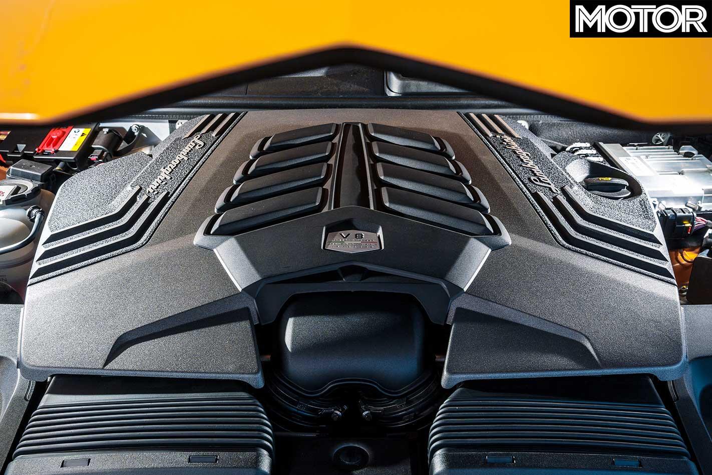 2019 Lamborghini Urus Engine Jpg